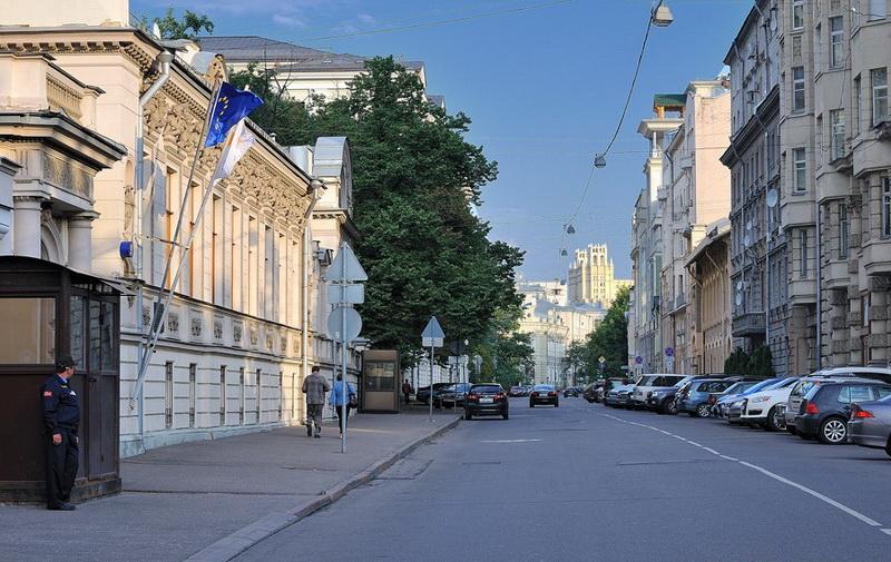 Клуб г москва с улицами и домами посещение ночных клубов ограничение