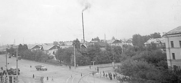 Перекресток ул. Б. Хмельницкого и Учительской в 1950-е
