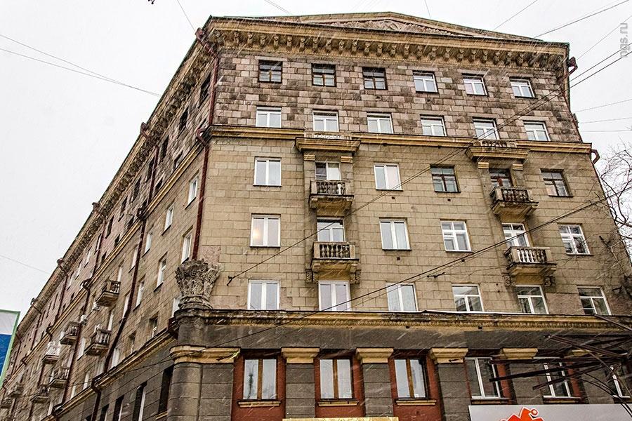 Новосибирск, ул.Советскя 49